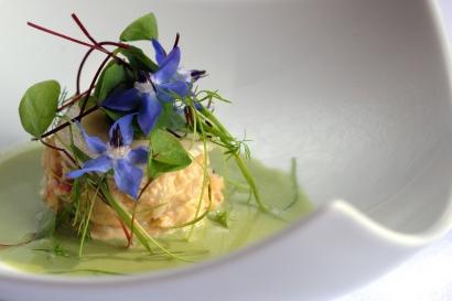 Montagu Arms Lymington Crab Salad, Cucumber & Horseradish Gazpacho Low