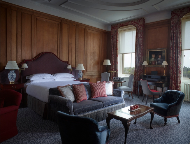 cliveden-rooms-buckingham-deluxe-suite-small